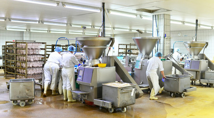 Lebensmittelindustrie - Wurstherstellung // Food Industry