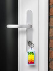 Energy label en key in door lock