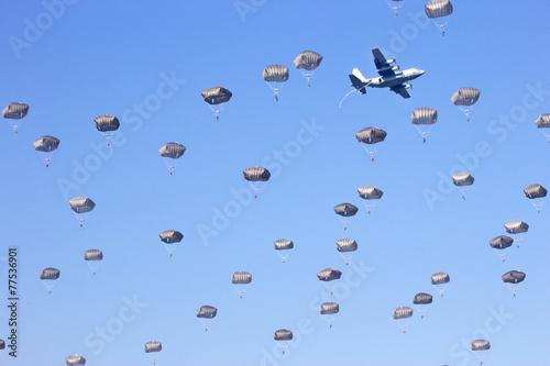Leinwandbild Motiv Paratroopers