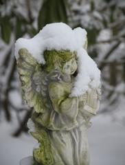 Schneeengel macht Musik