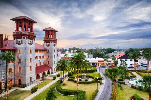 Leinwanddruck Bild St. Augustine, Florida, USA at Alcazar Courtyard