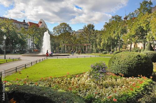 Viktoria-Luise-Platz, Berlin, #9760 - 77556991