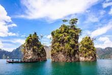"Постер, картина, фотообои ""Three rocks in Cheow Lan Lake, Khao Sok National Park, Thailand."""