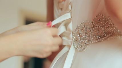 Knotted ribbon bridesmaid dress, close-up