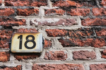 Hausnummer01