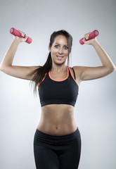 Attraktive Frau beim workout