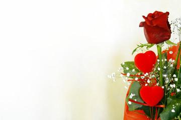 Due cuori e una rosa