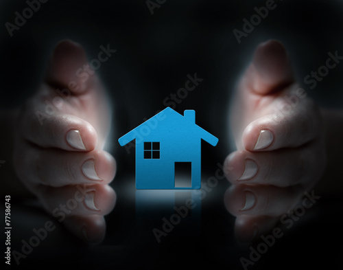 canvas print picture hands cover house