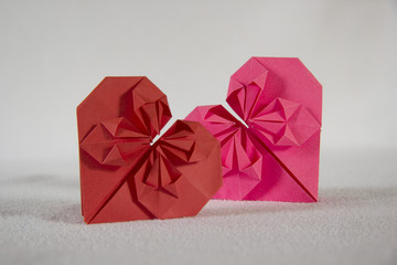 Оригами - два сердца из бумаги - 2.3