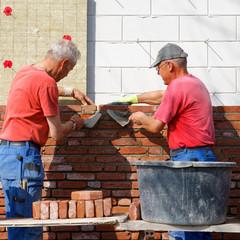Bricklayers teamwork