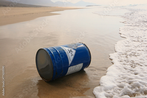 Water Pollution - Water Contamination - Marine Pollution - 77630590