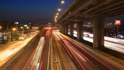 Highway driving busy traffic time lapse zoom in