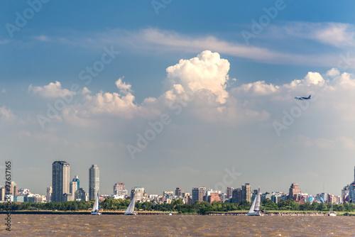 Samolot startujący, Buenos Aires City, Rio de la Plata