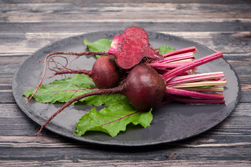 Raw beets with leaves