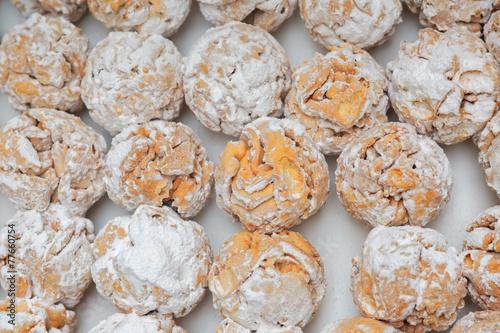 Rothenburg schneeballen (snowball) pastry with sugar powder - 77660754