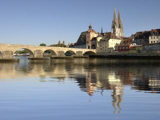 Altstadt von Regensburg mit Steinerne Brücke
