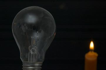 candela e lampadina