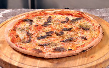 Una pizza napolitana.