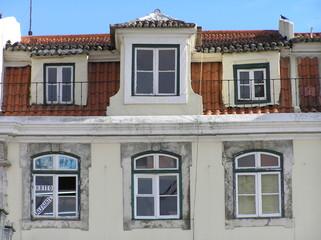 Fachada de viviendas en Lisboa