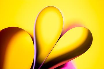 Herzblatt in gelb