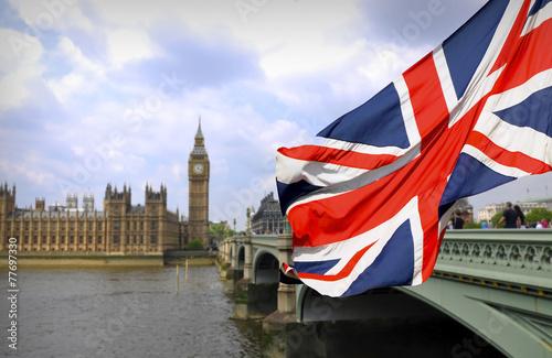 Zdjęcia na płótnie, fototapety, obrazy : Big Ben in London and English flag