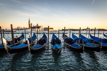 Venezia con le gondole, Canal Grande e chiesa di San Giorgio
