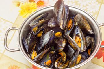 Pan full of mussels