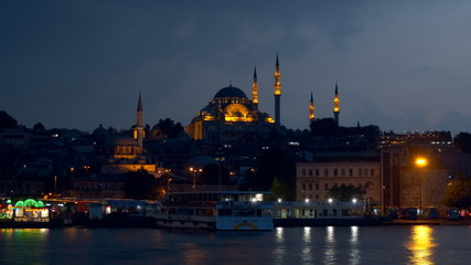 The Suleymaniye Mosque in the late evening, panning time-lapse.