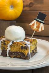 Halloween pumpkin brownie