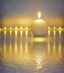 Japanischer ZEN Garten mit Kerze und Wasser