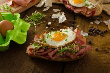 Smoked ham sandwich, rustic bread