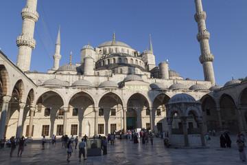 Innenhof der Blauen Moschee am Nachmittag