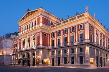 Wiener Musikverein am Abend