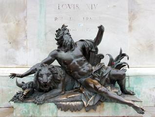 statue-place de bellecour