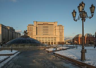 Россия. Манежная площадь и гостиница Four Seasons Москва.
