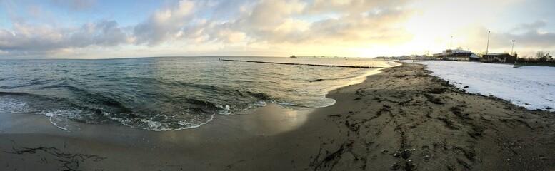 Panorama im Winter an der Ostsee