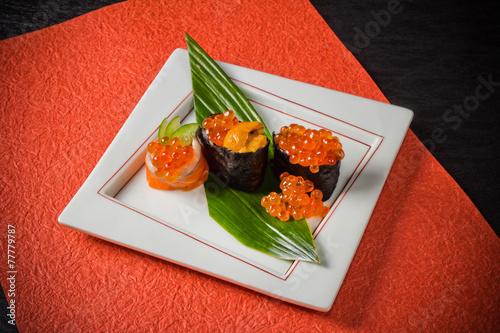 巻き寿司 軍艦巻き 鉄火巻き sea urchin and what price sushi japanese food