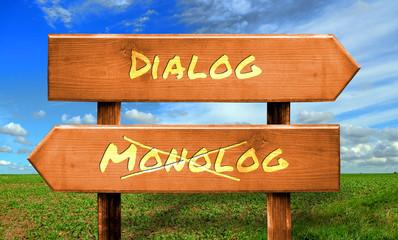 Strassenschild 33 - Dialog