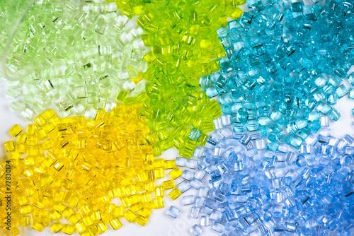 farbig transparente Kunststoffgranulate - 77830174
