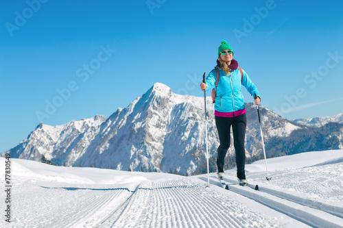 Tuinposter Wintersporten Langlaufen