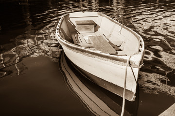 Old style dinghy and image.