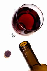 Rotweinglas Weinflasche und Korken
