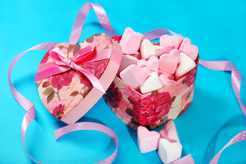 heart shaped marshmallows in gift box