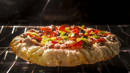 Rising Crust Pizza in the oven Time-lapse 4k