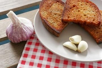 fried bread and garlic