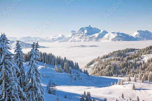 Keuken foto achterwand Alpen Aravis Mountain Range from Les Gets