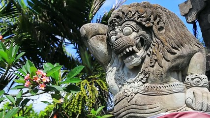 Statue in the Tanah Lot