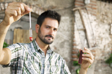 oenology measuring the percentage of sugar of the wine