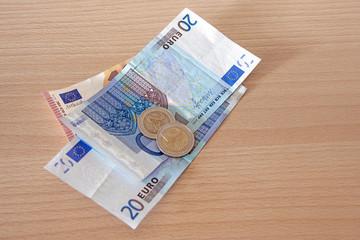 euro sur le bureau