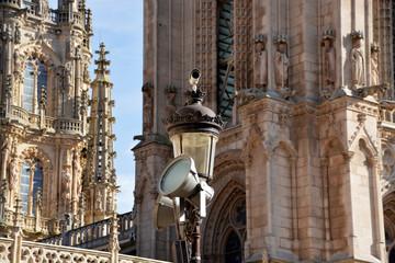 camara de seguridad en la catedral de burgos
